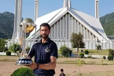 ورلڈ کپ سے قبل پاکستانی ٹیم میں چھڑ گئی'جنگ'، تیزگیند بازنے پاکستان کرکٹ بورڈ پرکیا طنز