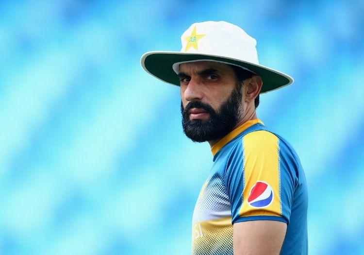 انڈیا ٹوڈے سلام کرکٹ پروگرام میںبولتے ہوئے ہربھجن نے پاکستان کے سابق کپتان مصباح الحق کے سامنے کہا کہ پاکستان کے پاس ہندوستان کو ہرانے کی صلاحیت نہیں ہے کیونکہ وراٹ کوہلی کی قیادت والی ٹیم کے پاس کئی میچ ونرکھلاڑی ہیں ۔ فوٹو : پی سی بی ۔