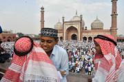 ملک بھر میں روایتی جوش و خروش اور عقیدت سے ساتھ منایا گیا عید الفطر کا تہوار ، دیکھیں خوبصورت تصاویر