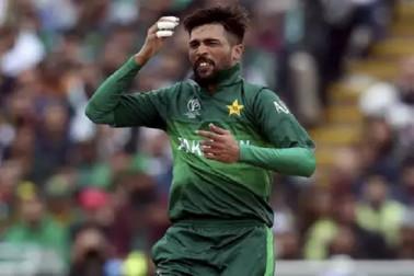 آئی سی سی عالمی کپ: 27 دنوں کے بعد لگا اس پاکستانی گیند بازکی گیند پرچھکا