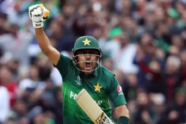 ورلڈ کپ: پاکستان کی جیت نے سیمی فائنل کی لڑائی کو بنادیا ہے بیحد دلچسپ