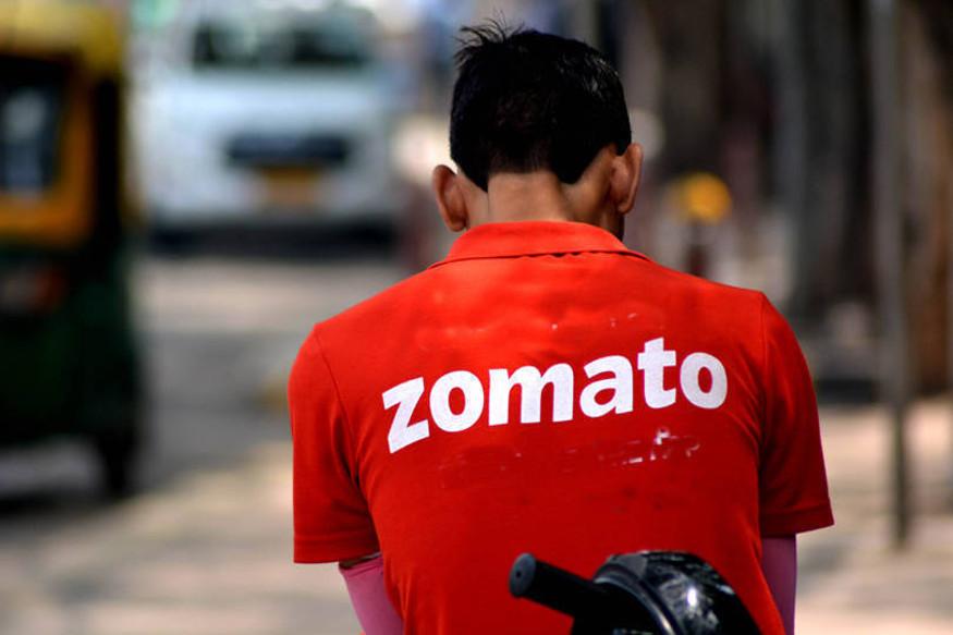 زومیٹو نے جب اس سے انکار کردیا تو اس شخص نے آرڈر کینسل کردیا اور ریفنڈ دینے کا مطالبہ کیا ۔ زومیٹو کمپنی نے جب ریفنڈ دینے سے انکار کردیا ، تو دونوں کے درمیان سوشل میڈیا پر ہی بحث ہوگئی ۔