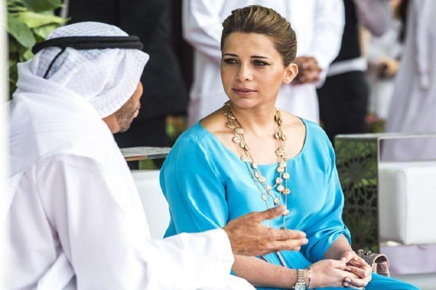 سلطان نے عربی زبان میں شاعری کی ہے ۔ انہوں نے لکھا کا عنوان عشتی و متی دیا ہے ۔ اس کے ذریعہ سلطان نے اپنے غصہ کا اظہار کیا ہے ۔