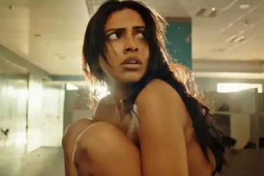 اس اداکارہ کے نیوڈ سین کی وجہ سے تنازعات میں پھنسی فلم، ہوئی شکایت