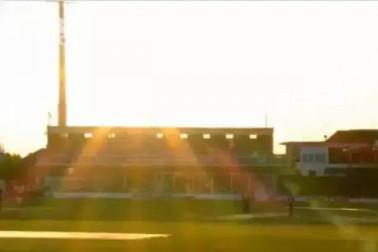 ورلڈ کپ میں خراب موسم کی وجہ سے کئی میچ ہوئے تھے متاثر ، اب زیادہ روشنی کی وجہ سے انگلینڈ میں رکا یہ میچ