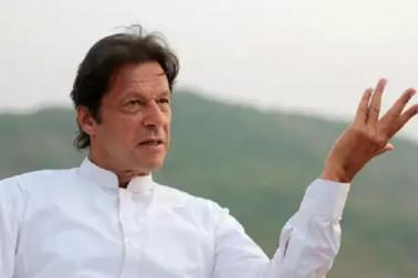 عوام ہے مہنگائی سے پریشان، پھربھی نیوکلیئربم بنانےمیں مصروف ہے پاکستان