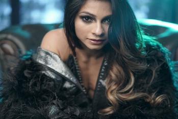 اس اداکارہ نے انر ویئر میں بستر پر کرایا ایسا ہاٹ فوٹو شوٹ ، انٹرنیٹ پر مچی گئی کھلبلی، دیکھیں تصویریں