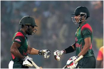 ورلڈ کپ سے پہلے بنگلہ دیش کے اس بلے باز نے مچایا تہلکہ ، 16 چھکے لگا کر بنائی ڈبل سنچری ، نام ہوا یہ بڑا ورلڈ ریکارڈ
