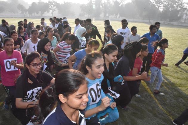 ٹرائل کے بعد کلب کے لئے منتخب ہونے والے طلبہ و طالبات کو ماؤنٹیرنگ کے ایڈونچر کورس کے لئے بھیجا جائے گا۔