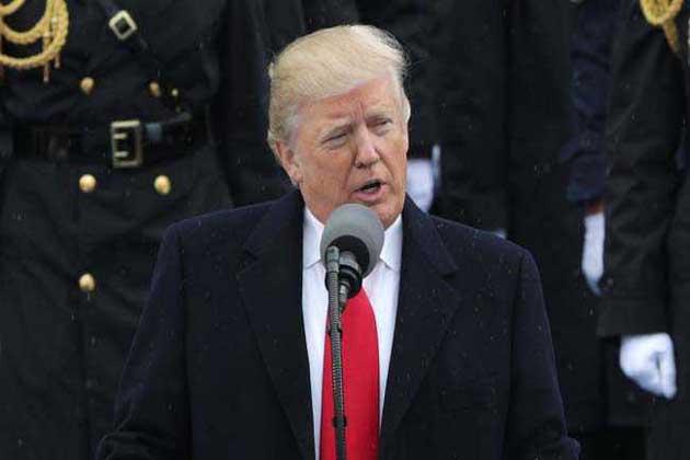 امریکی صدر ڈونالڈ ٹرمپ: فائل فوٹو۔