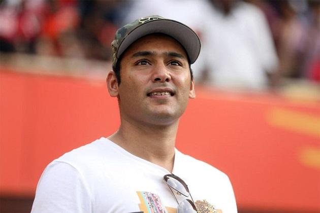 محمد اظہر الدین کے بیٹے اسدالدین 27 سال کے ہیں اور بائیں ہاتھ کے بلے باز ہیں۔ وہ گوا کرکٹ ٹیم سے کھیلتے ہیں۔ اس کے ساتھ ہی وہ وکالت بھی کرتے ہیں۔ (تصویر: آئی پی ایل)۔